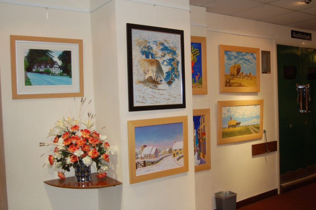 Art Exhibition pictures by Graham Handley 2011